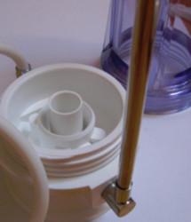 konyhai vízszűrő szétcsavarva