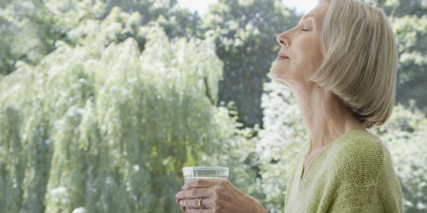 öreg emberek vízigénye
