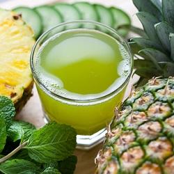 ananaszos uborkas viz